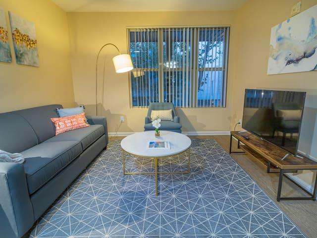 Kasa   San Jose   Spacious 2BD/2BA Downtown Apartment