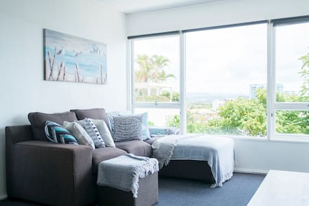 Coolangatta Kirra Beach Private Room - Coolangatta - Wohnung