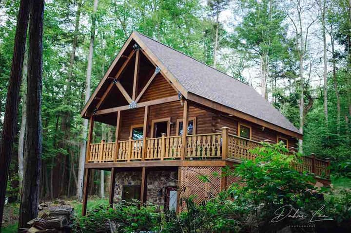 ❤️CABIN ON THE RIVER❤️ KAYAKS ★BIKES★FirePit Patio