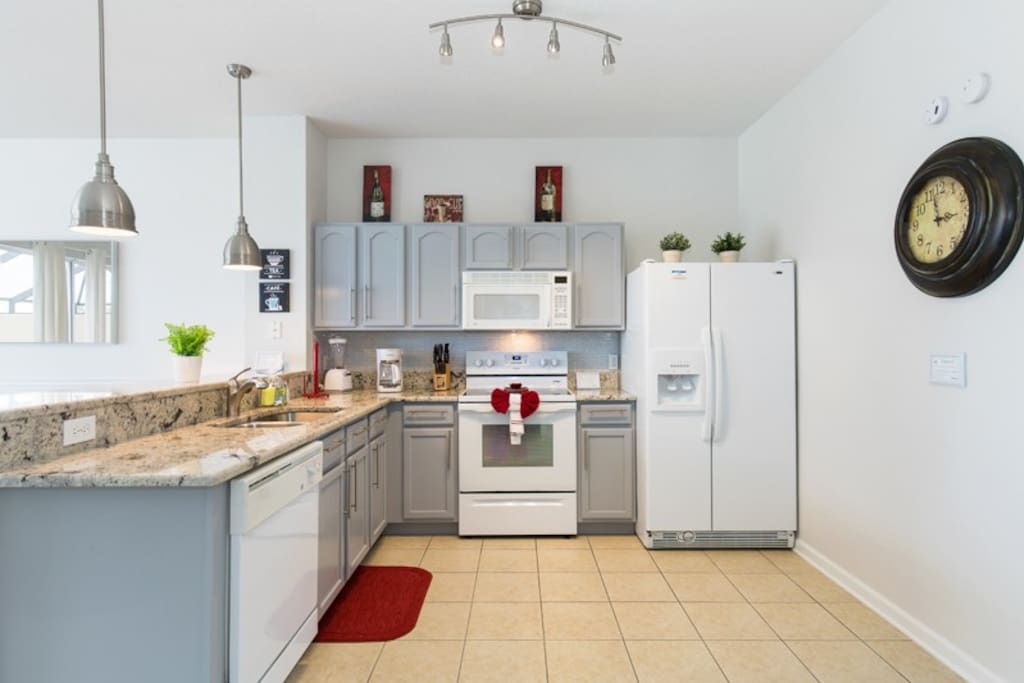 Fully-equipped kitchen has all you need to prepare any meal