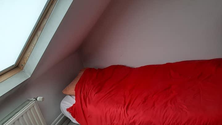 Jolie chambre confortable