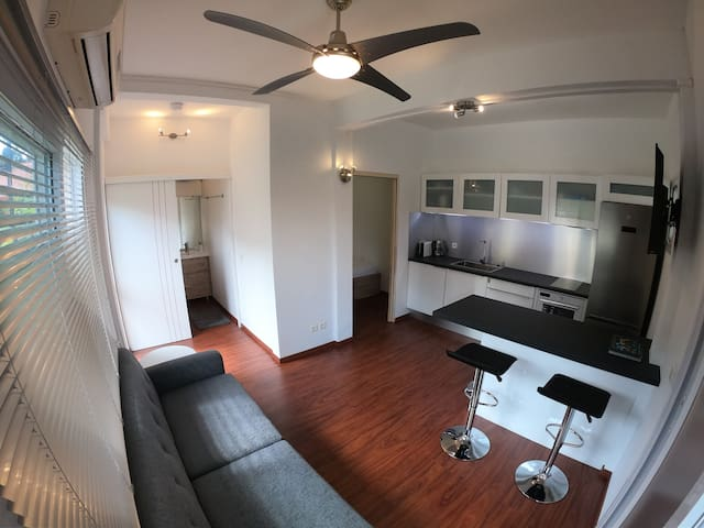 Stylish and Cosy 1Bdrm House Gem in Top Location