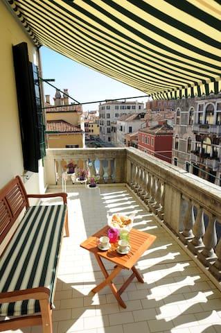 Cà dei Terrazzi,flat with terraces