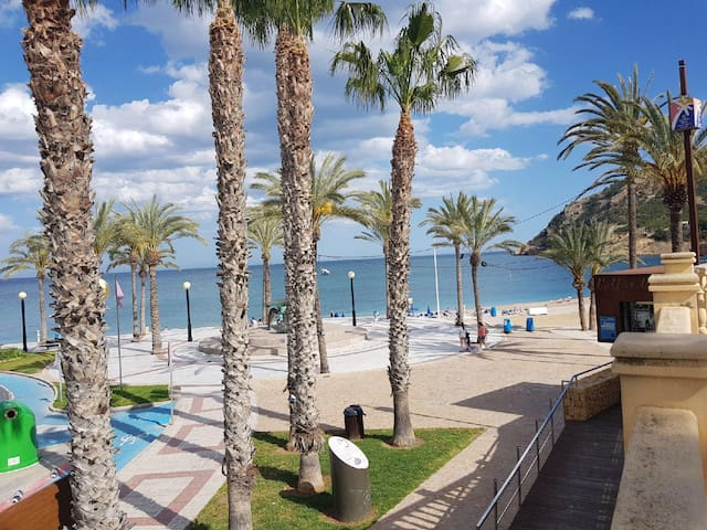 Central apartment by the Beach in L'Albir