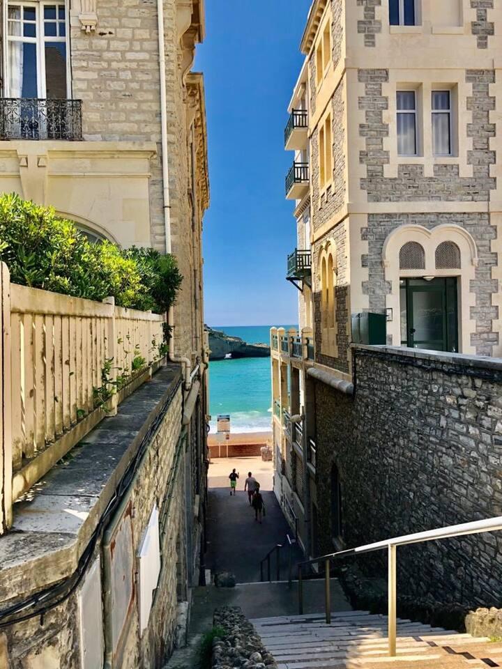 Biarritz, tout à pied, studio neuf Villa Édouard 7