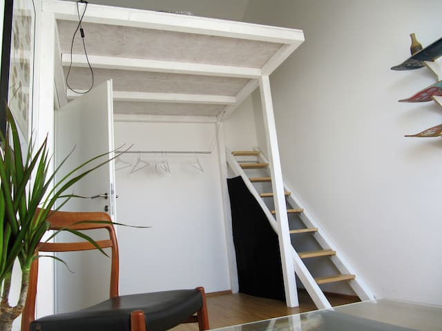 bright and quiet appartement with cosy bunkbed - Wenen - Appartement