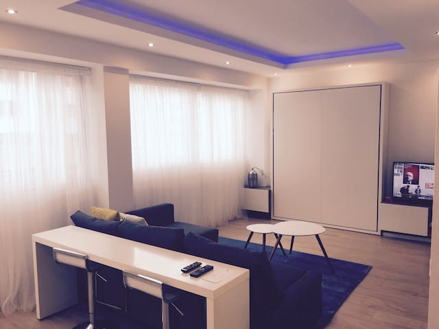 Loft 375 ft2 Cleaning included / No check out - Lyon - Leilighet
