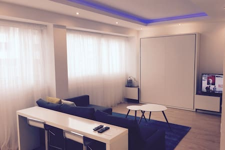 Loft 375 ft2 Cleaning included / No check out - Lyon