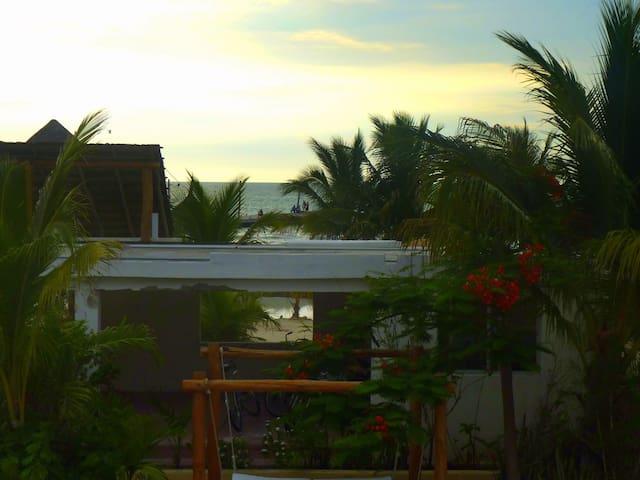 Habitación frente al Mar.... - Holbox - House