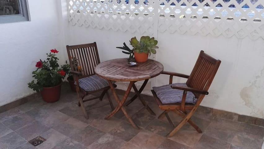 EL PISITO DEL TREN  ( junto  Renfe y Corte Inglés)