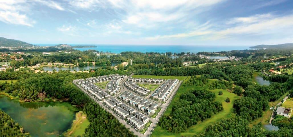 Brand new 3BR townhome within Laguna Resort