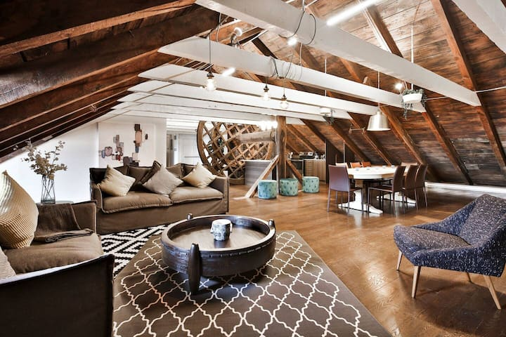 WaterFront Historical Loft | AAA LOCATION |Old Mtl
