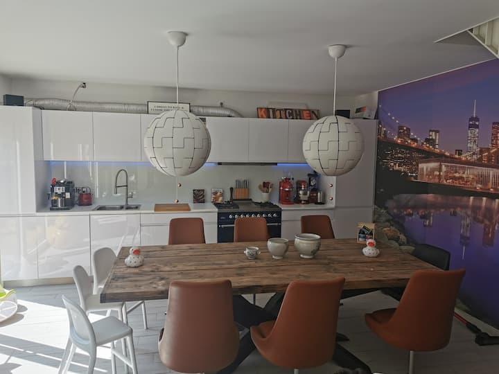 Ruim appartement met groot zonnig terras