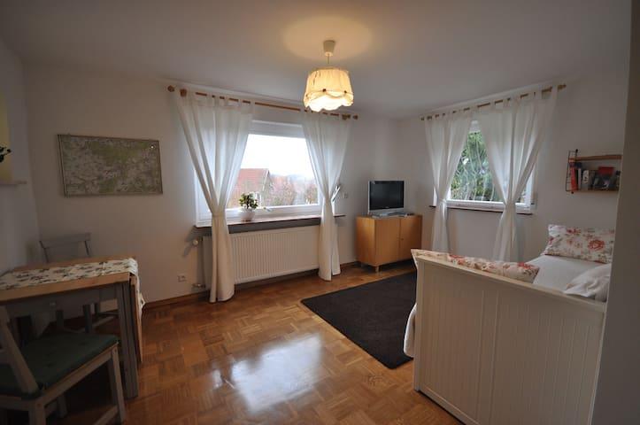 Stadtnah und doch im Grünen - Tübingen - Huoneisto