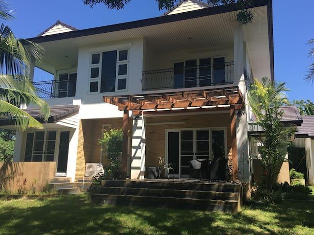 บ้านเดี่ยว 2 ชั้น,  (St.Andrews Village) - Tambon Ban Chang - Casa