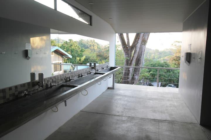 Téva Eco Retreat - Basic Quad Private Room