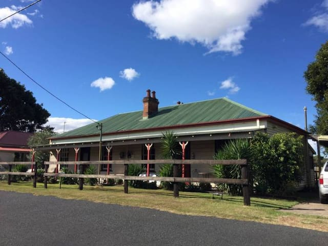 Hunter Valley Short Stays - Room 1 - Oakhampton - Rumah
