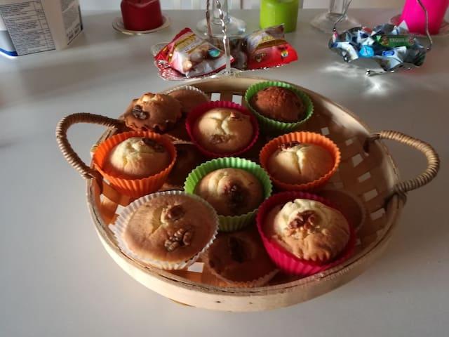 自己做的麦地拉蛋糕