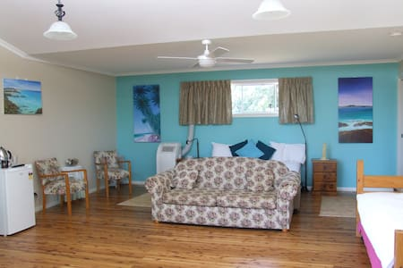 Aqua Studio at Bulwarra Bed & Breakfast - Dubbo