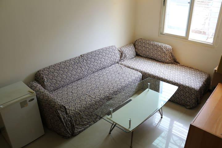 簡易沙發床合租空間 近永春捷運站/需與屋主同住