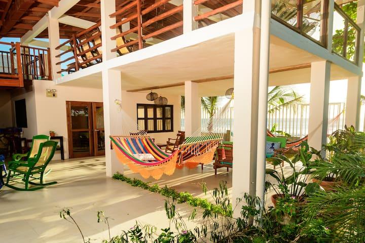 Casa Miramar, León, Nicaragua. Espectacular.