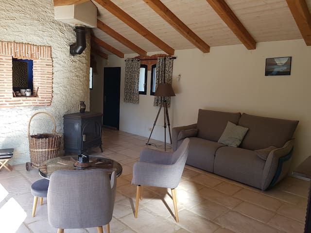 Airbnb Nueil Les Aubiers Vacation Rentals Places To