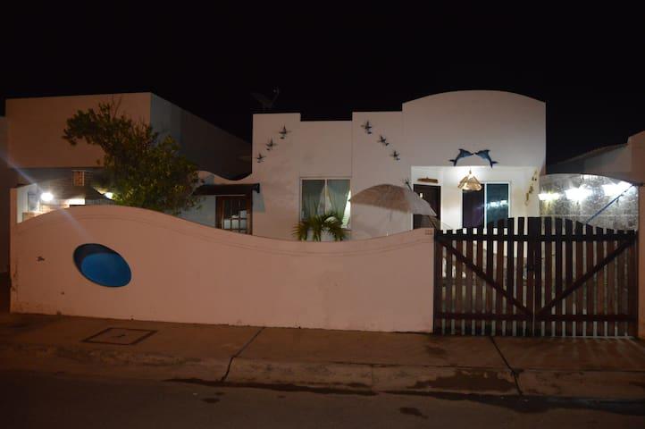 Villa en Urb. punta carnero, Salinas