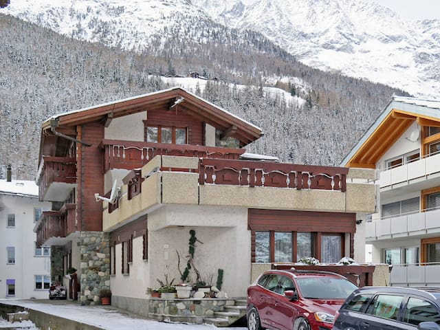 32 m² apartment Haus Quelle in Saas-Grund