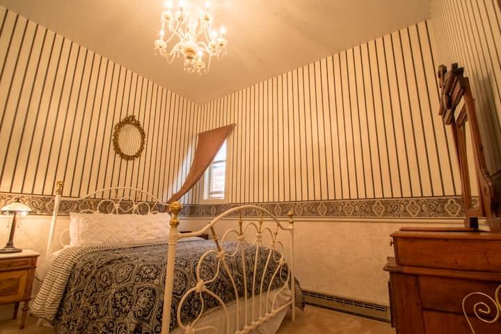 Rico Mine Shaft Inn Bed & Breakfast (Rm 1)