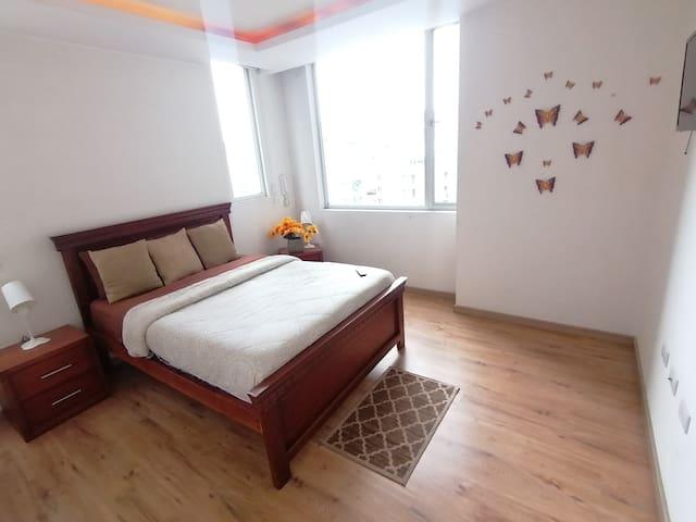 2BR*SAUNA*2BATH*3 BEDS