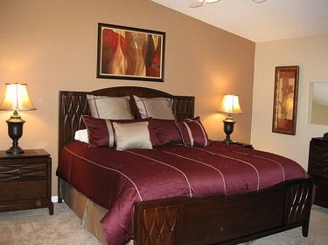 *NO GUEST SERVICE FEE* 3 Bedroom condo in Mesquite #329