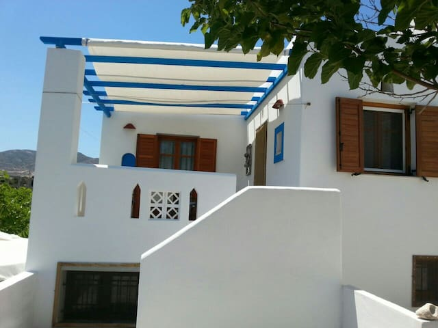 Mary's house 150m from Logaras beach with  seaview