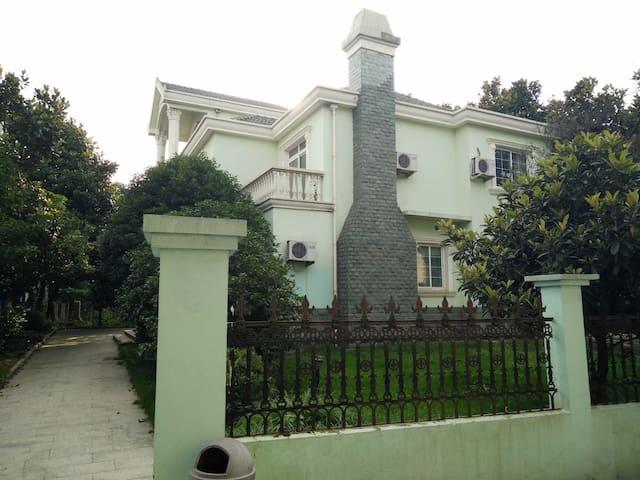阳澄湖边7居独栋别墅