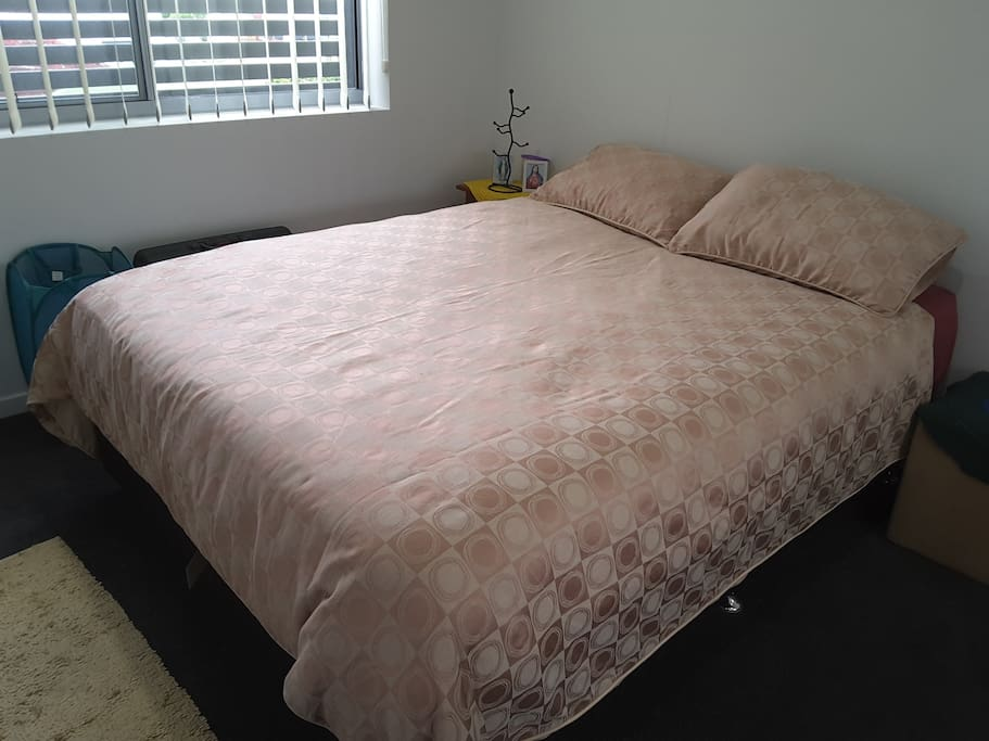 Nice comfortable Queen size bed