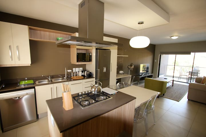 Serviced Executive Apartment In Sandton - Sandton - Daire