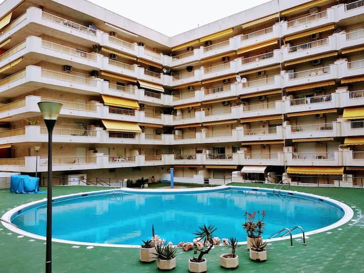 Apartamento vacaciones Salou - playa/ PortAventura