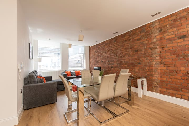 Stunning New Build Modern Apt Extremely Central Near Piccadilly And Gay village