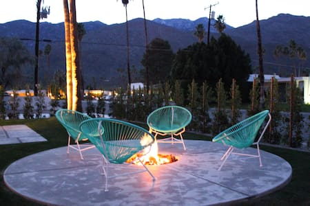 Twin Palms Mid-Century Hideaway - Palm Springs - Maison