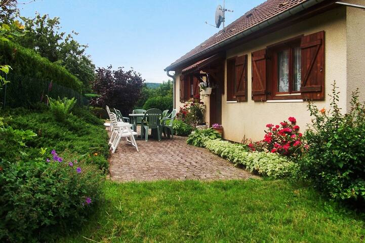 Traditional Vosges country house - Aumontzey - House