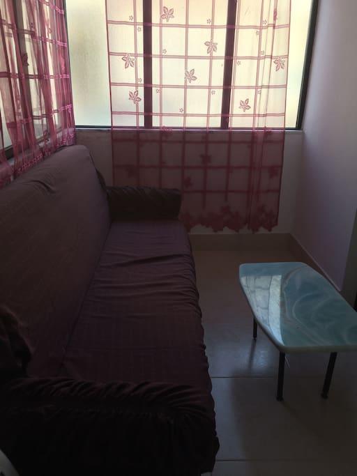 Marquise avec canapé lit