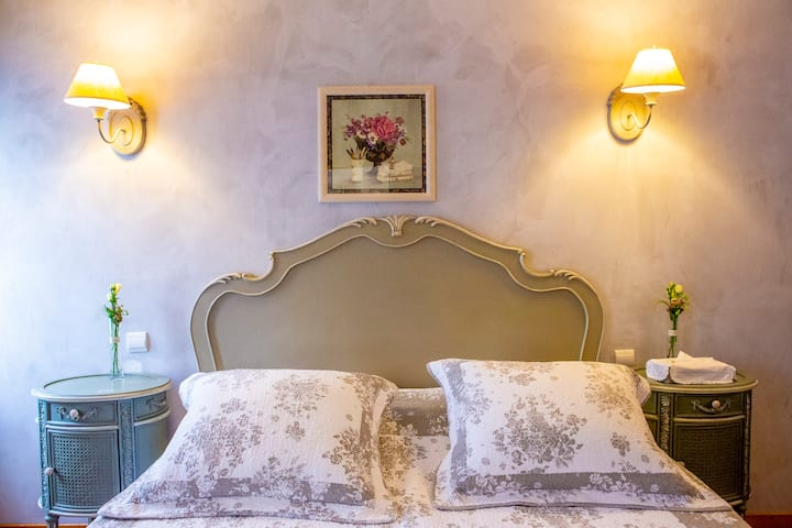 Classic double room in charming house