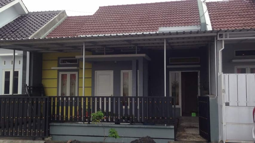 The Dalem Guest House Caruban