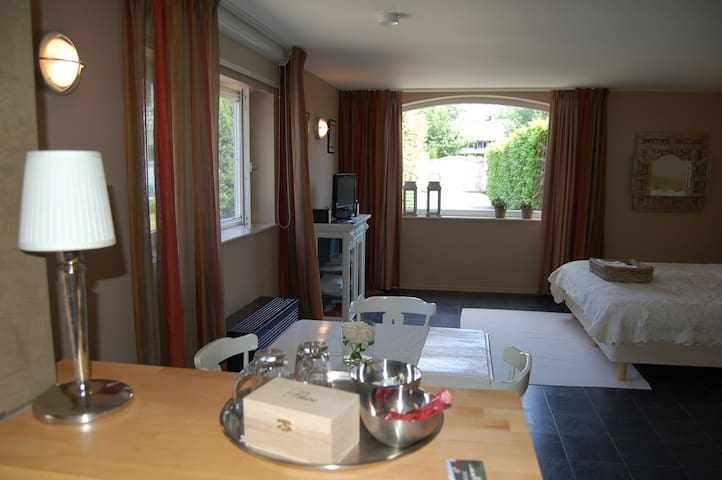 Turnhout (Antwerp) Private 57m2 Luxury Apartment - Turnhout - Apartament