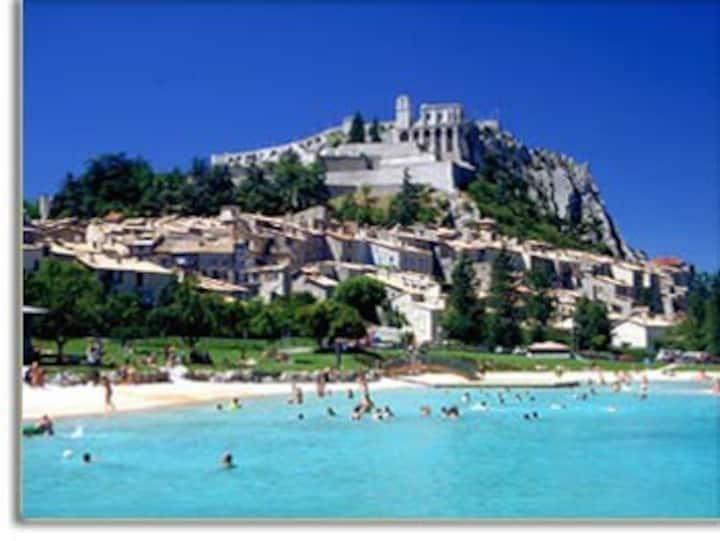 Sisteron cœur de citadelle: histoire et loisirs