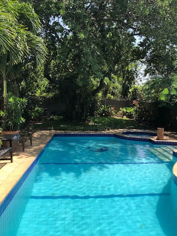 Guest House located in the centre of Accra (Osu)