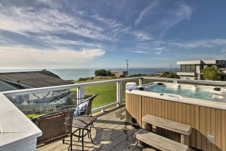 Irish Beach Home w/Rooftop Hot Tub & Ocean Views!