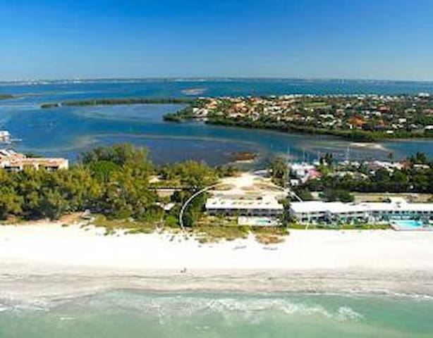 OCEAN FRONT SPECIAL FROM $99/NIGHT - Longboat Key - Kondominium