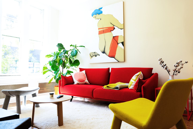 Beautiful STUA sofa and massive painting