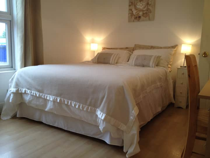 Welcoming double room in a cosy house