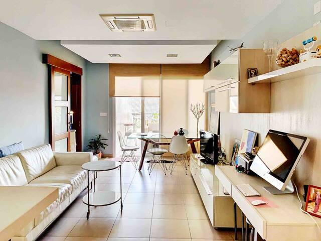 Artistic apartment for rent